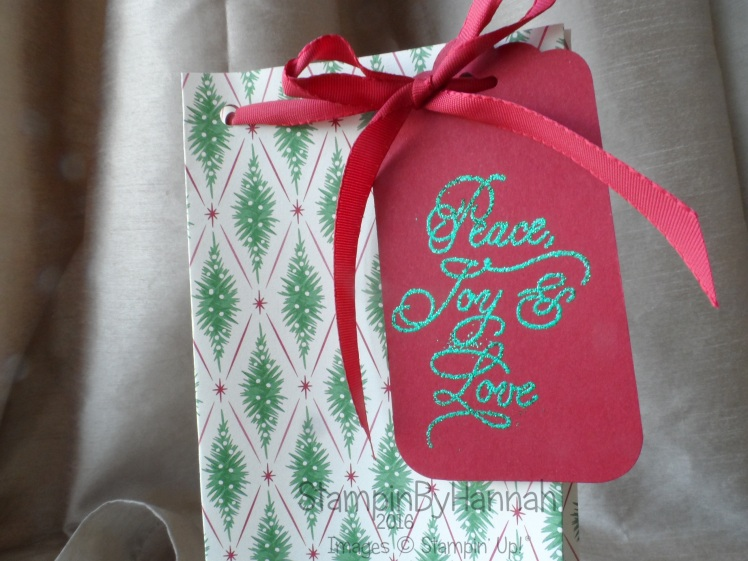 Christmas gift bag using This Christmas Designer Series Paper from Stampin' Up! UK