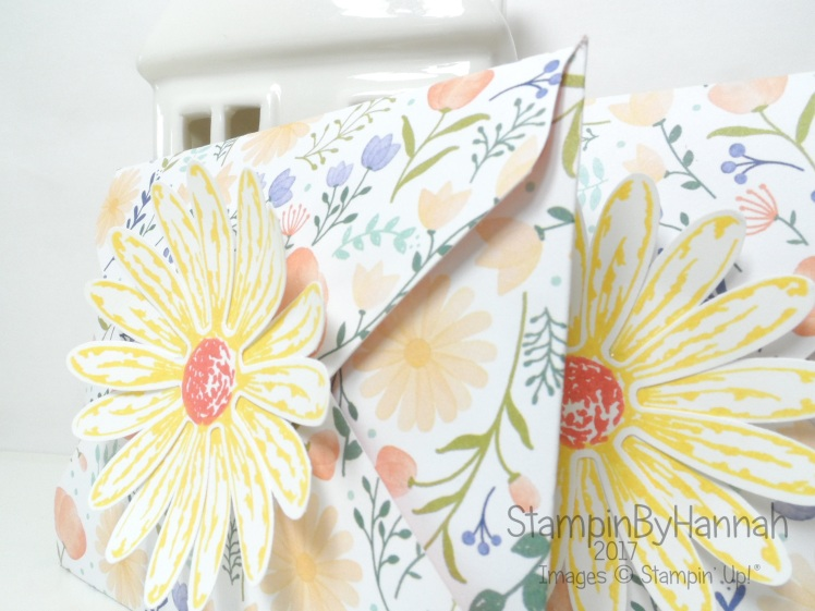 Make It Monday Video Tutorial How to make Cute Envelopes with the Envelope Punch Board from We are Memory Keepers using Delightful Daisy from Stampin' up!